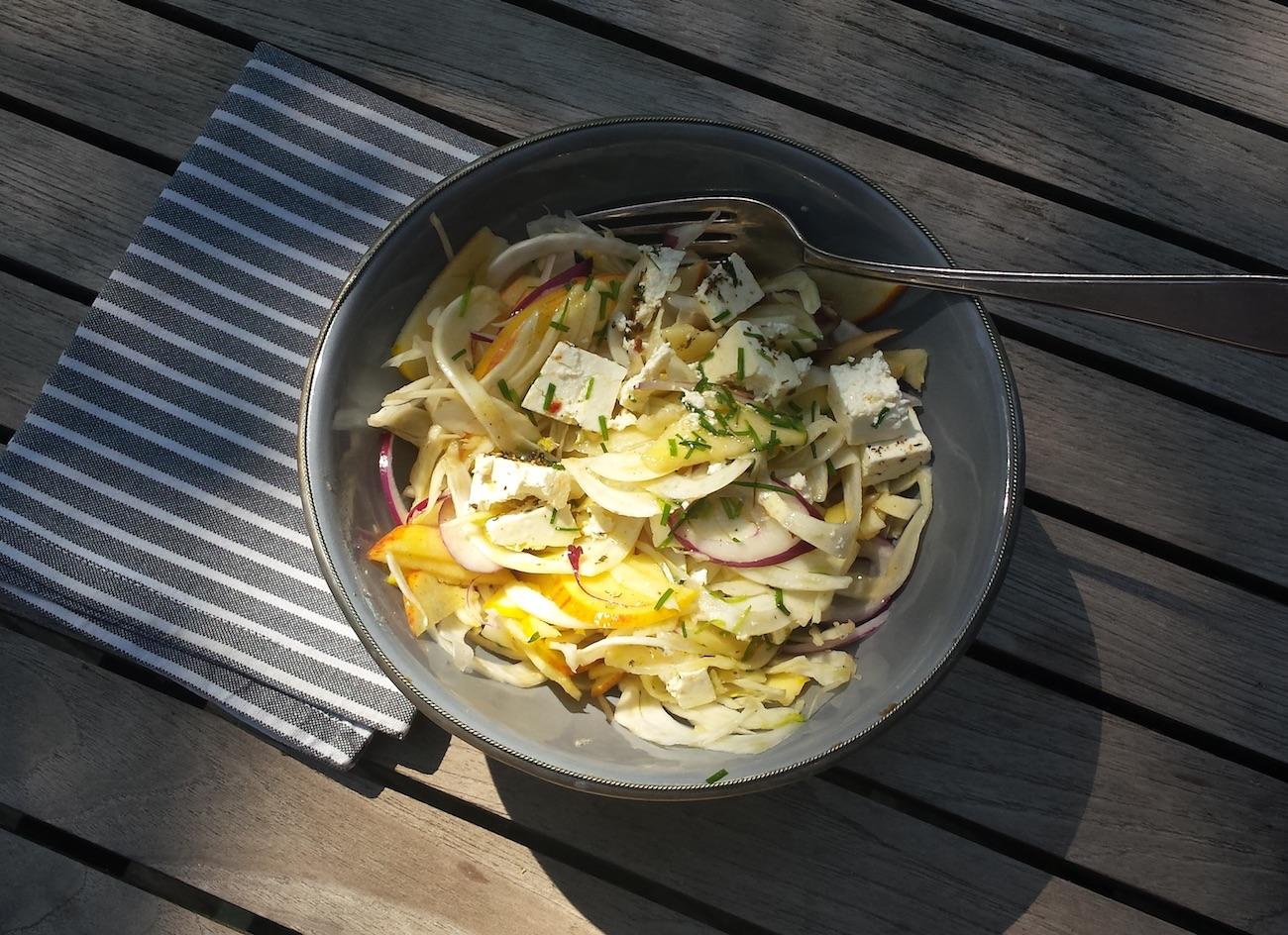 Fenchel-Apfel-Salat mit Feta